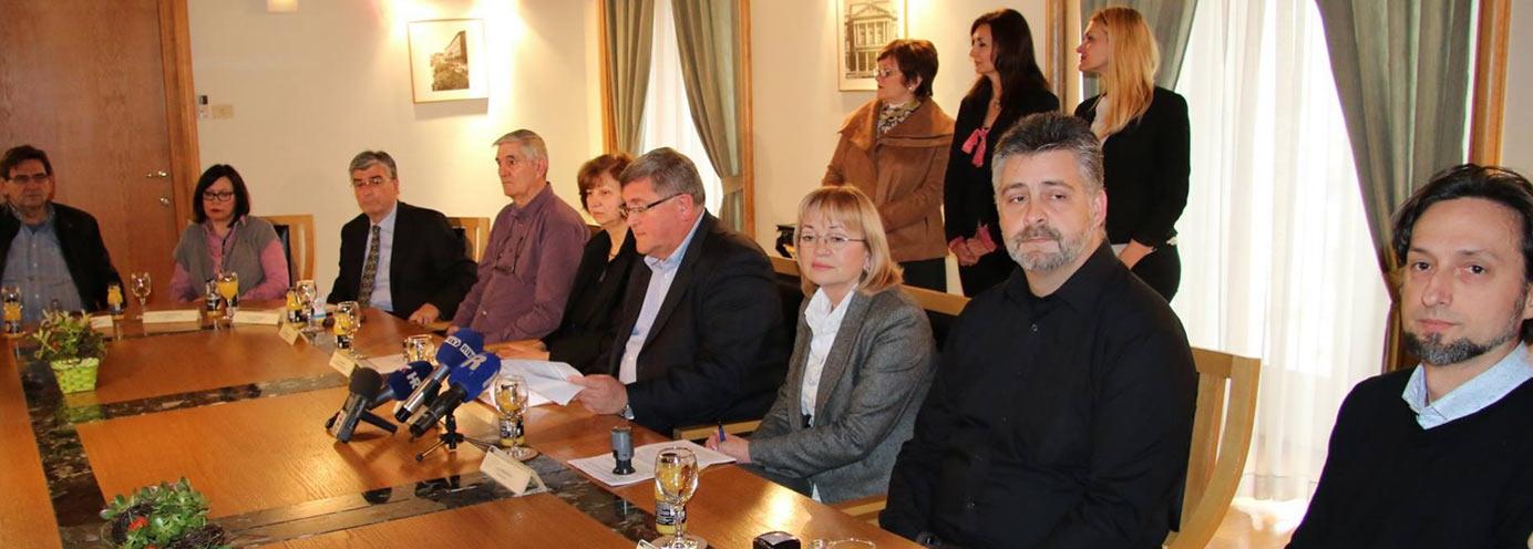 Potpisivanje-ugovora-s-Gradom-Rijeka